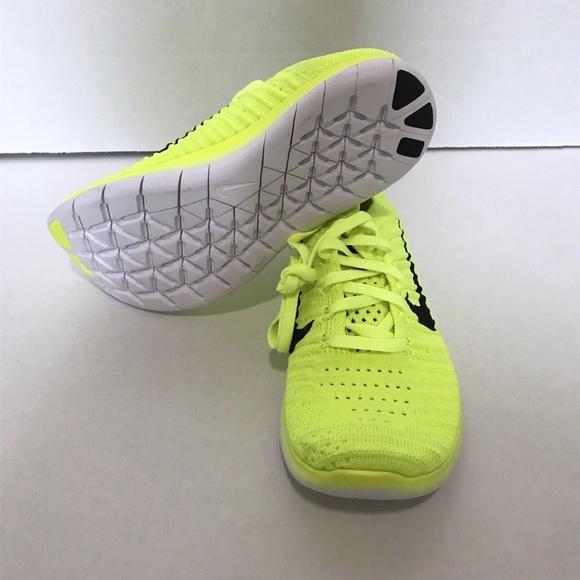 95087c7f724f Nike Free Run Flyknit GS Volt 834362-700